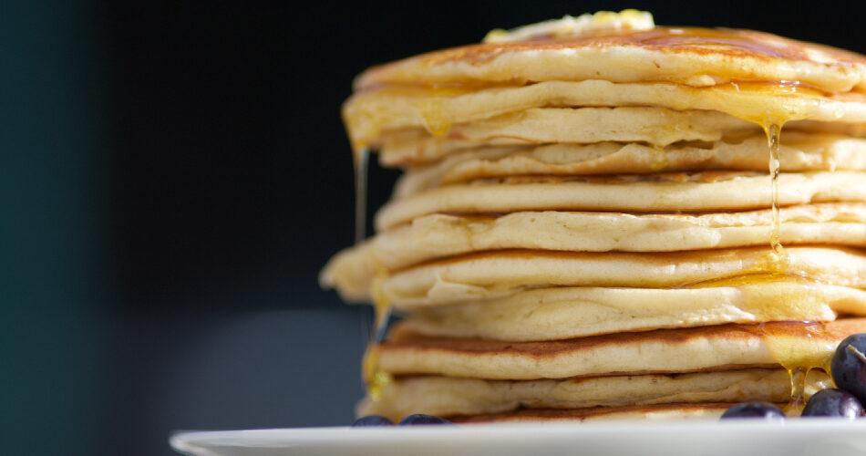 Ricetta Pancake Nella Bottiglia.Pancake In Bottiglia In 5 Minuti Ricetta Facile E Gustosa Alberoshop It Blog